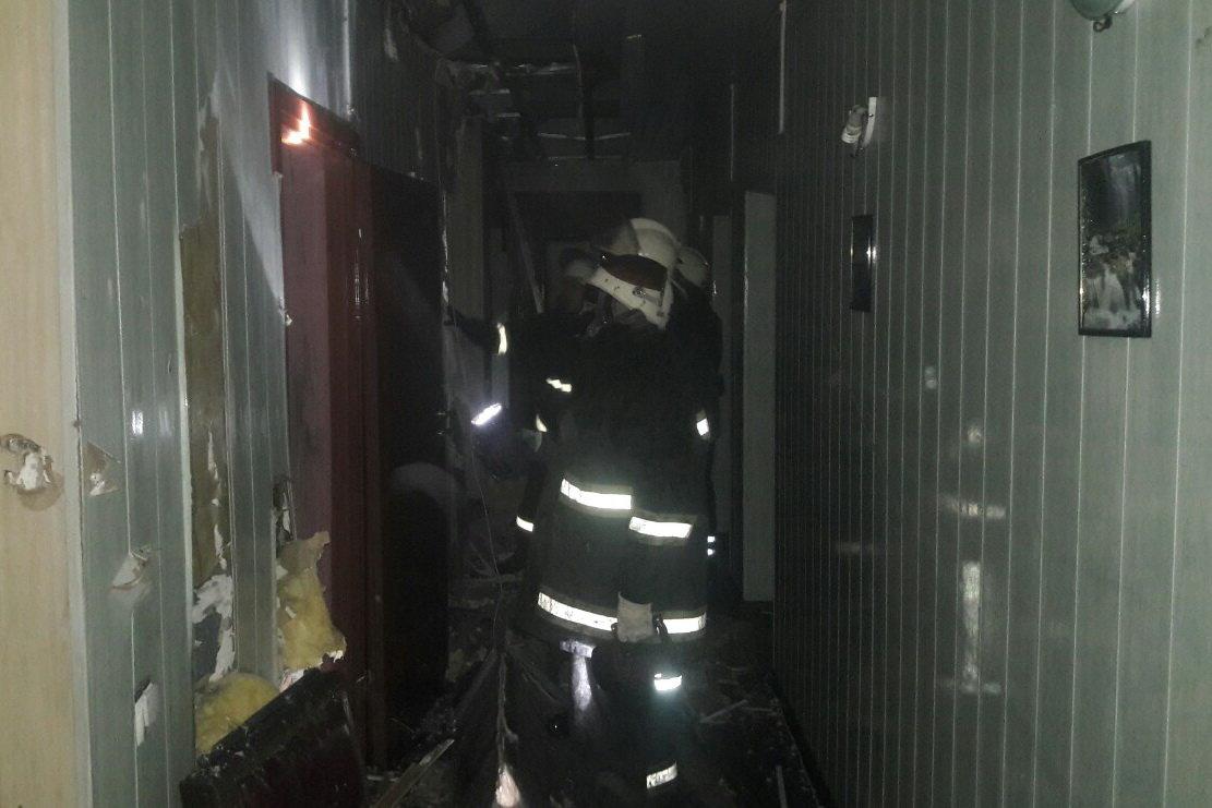 В Харькове спасатели несколько часов тушили масштабный пожар в отеле: эвакуированы три человека, - ФОТО, ВИДЕО, фото-4