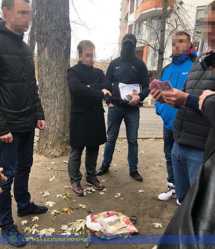 Требовали 250 тысяч: в Харькове СБУ поймала на взятке чиновников экоинспекции, - ФОТО, фото-3