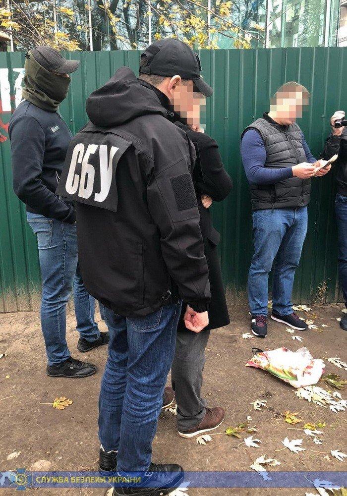 Требовали 250 тысяч: в Харькове СБУ поймала на взятке чиновников экоинспекции, - ФОТО, фото-2