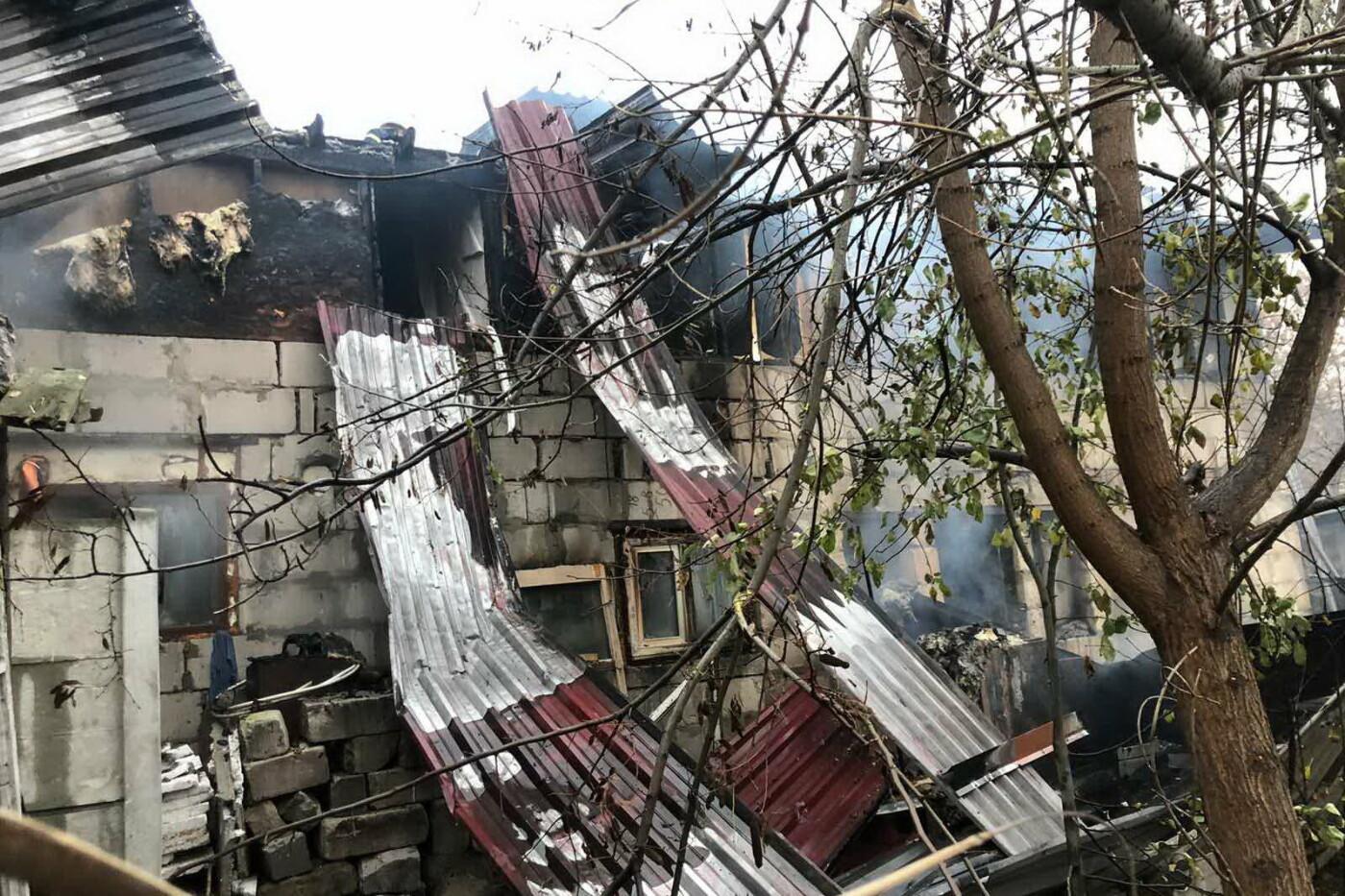В Харькове горел жилой дом: 81-летний пенсионер едва не погиб, - ФОТО, фото-4