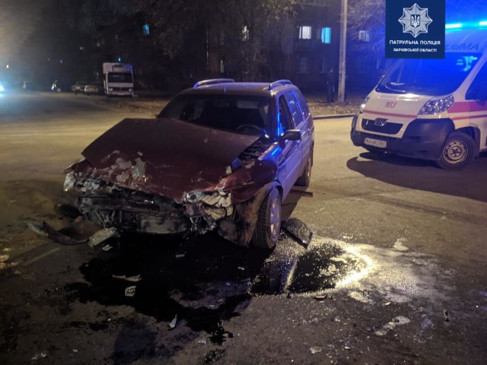 В Харькове произошло тройное ДТП. Одна из машин перевернулась, - ФОТО, фото-2