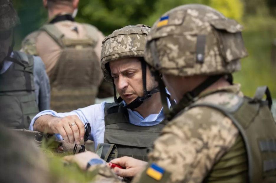 Победа или поражение. Почему Зеленский решил отвести войска на Донбассе, - ФОТО, ВИДЕО, фото-1