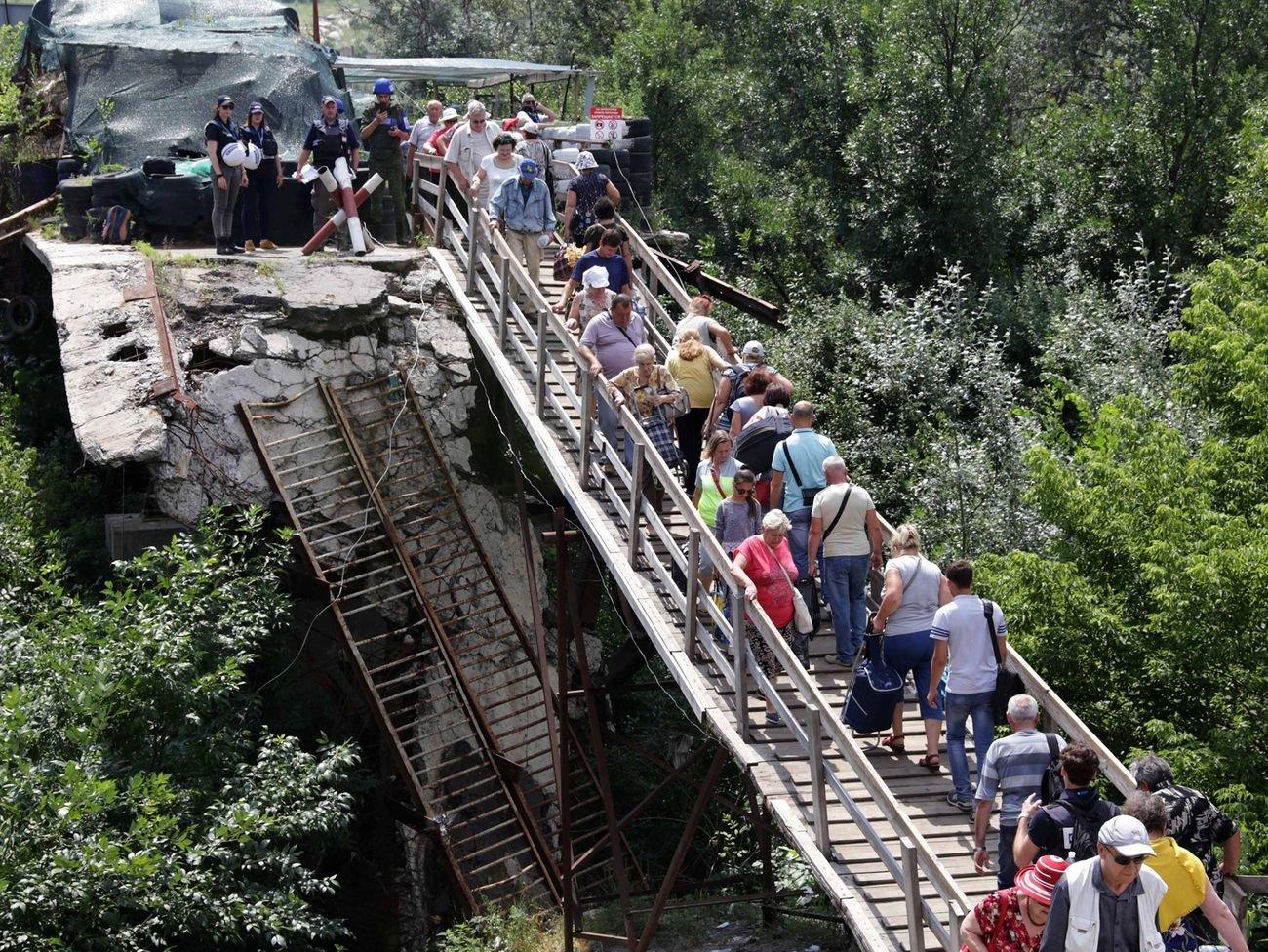 Победа или поражение. Почему Зеленский решил отвести войска на Донбассе, - ФОТО, ВИДЕО, фото-3