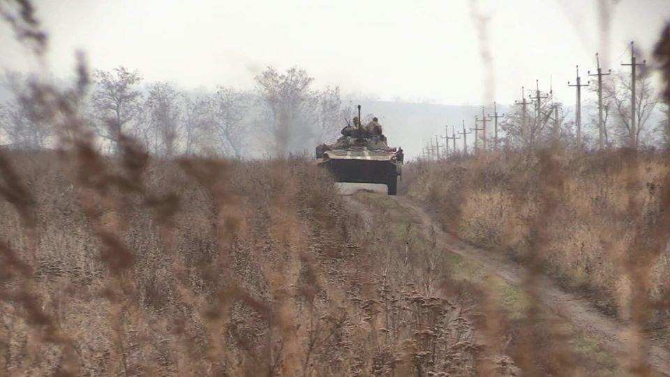Победа или поражение. Почему Зеленский решил отвести войска на Донбассе, - ФОТО, ВИДЕО, фото-11