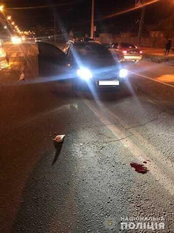 Травмы и перелом: в Харькове легковой автомобиль «снес» пешехода на «зебре», - ФОТО, фото-1