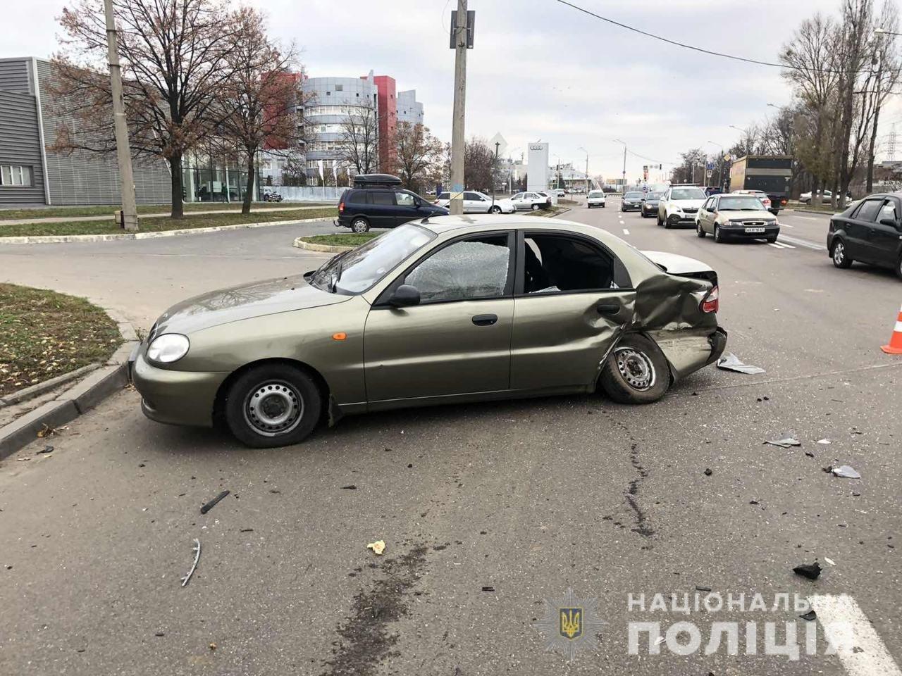 В Харькове внедорожник «влетел» в легковой автомобиль: пострадали дети и мужчина, - ФОТО, фото-2