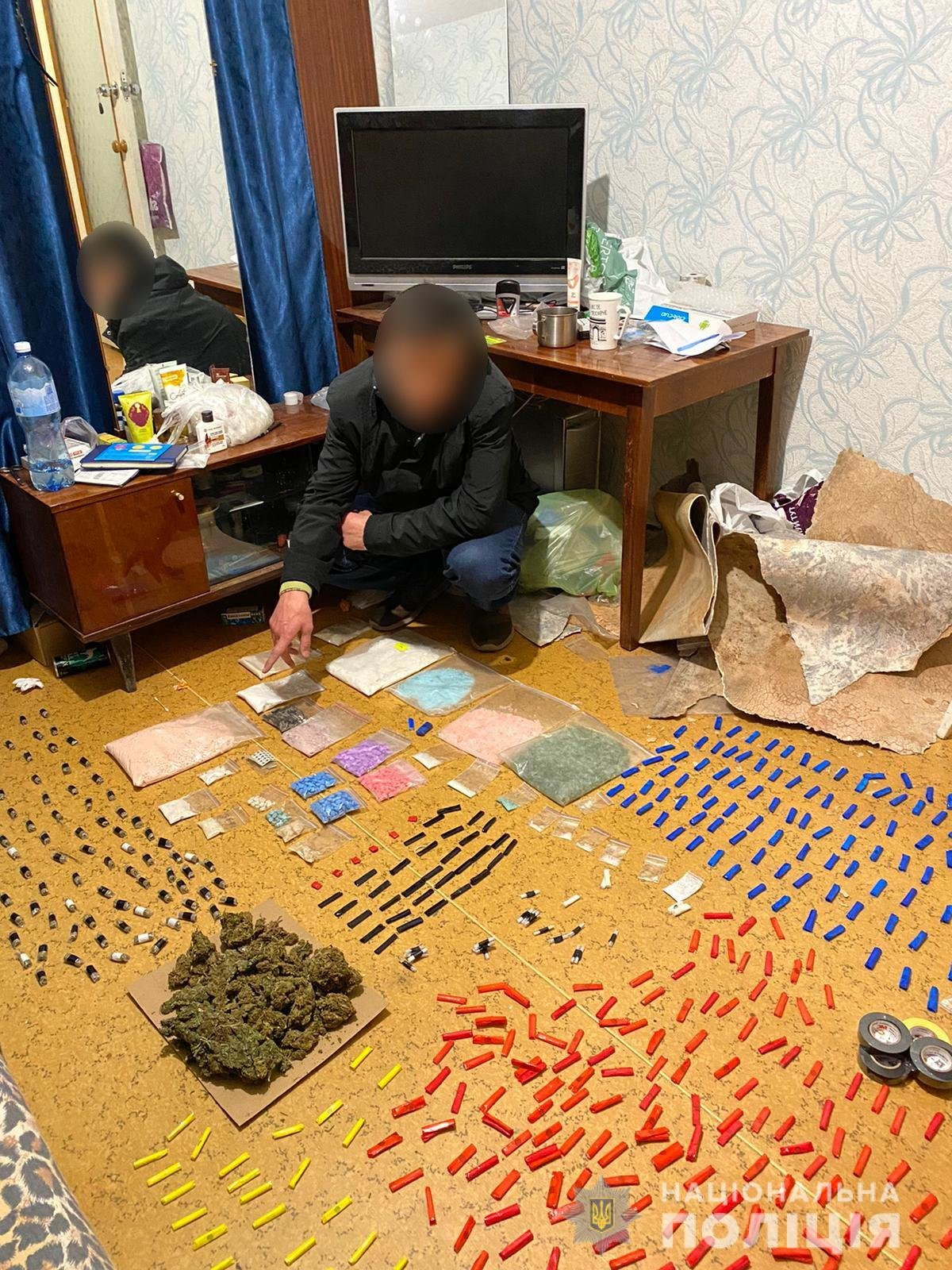 Товар на пять миллионов: в Харькове силовики «накрыли» наркоторговца, - ФОТО, ВИДЕО, фото-2