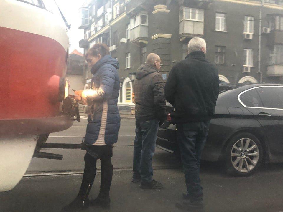 На Московском проспекте из-за ДТП образовалась пробка, - ФОТО, фото-1