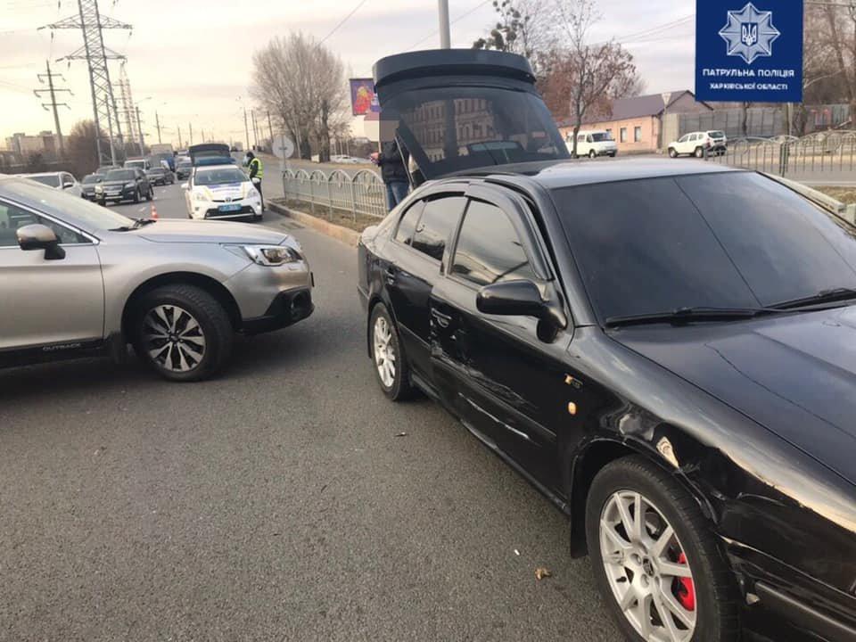 В Харькове не поделили дорогу «Skoda» и «Subaru», - ФОТО, фото-2