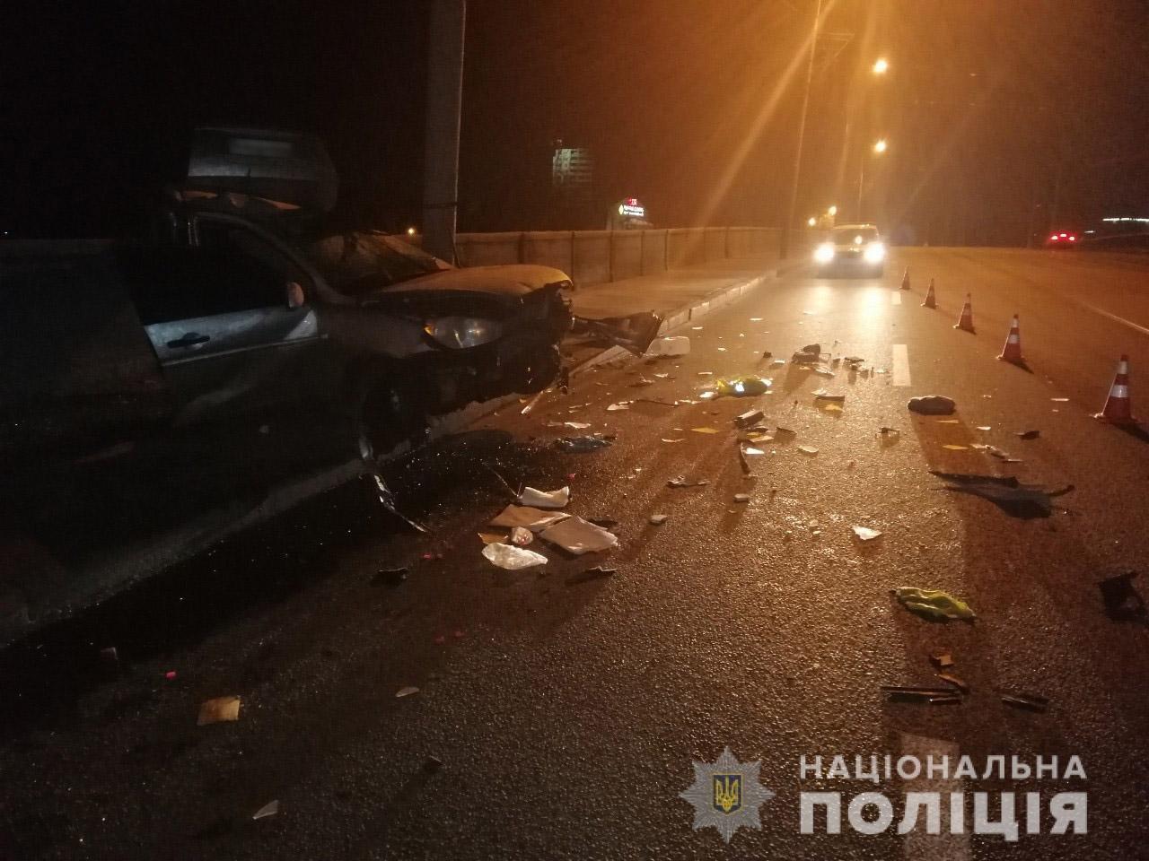 В Харькове «Hyundai» влетел в столб: спасатели вырезали травмированного водителя из «смятого» авто, - ФОТО, фото-4