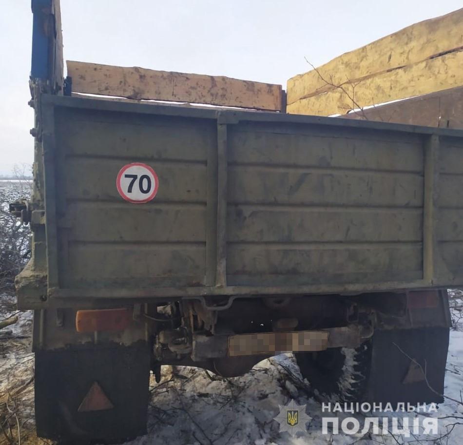 В Харьковской области полицейские «накрыли» нескольких «черных лесорубов», - ФОТО, фото-1
