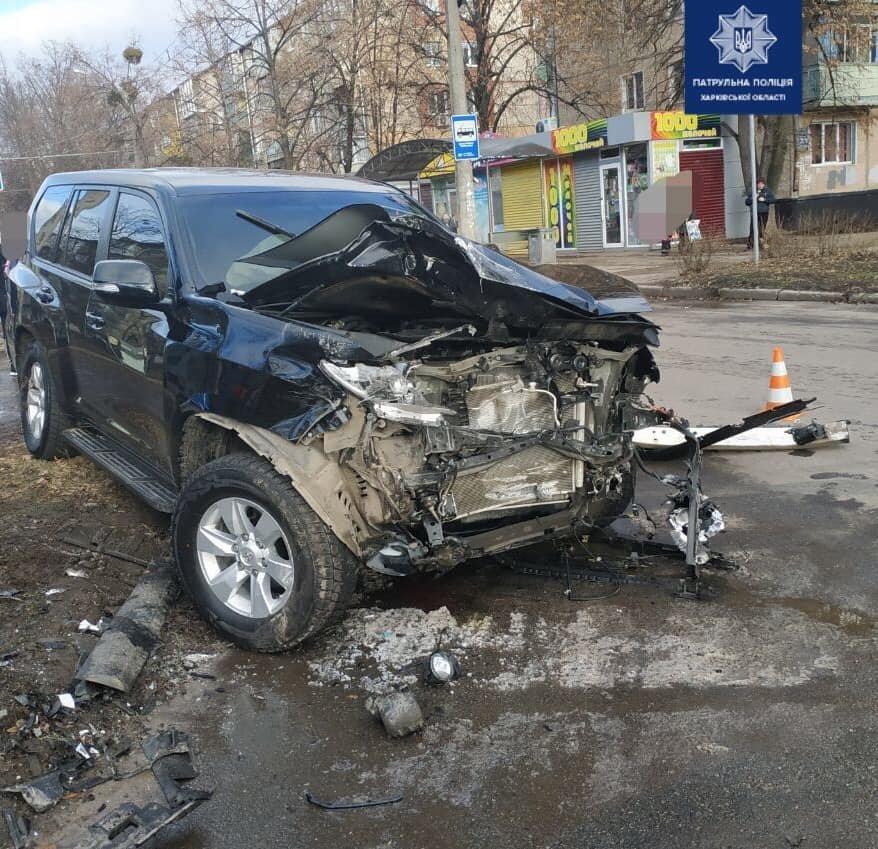 В Харькове не поделили дорогу два внедорожника: несколько человек в больнице, - ФОТО, фото-1