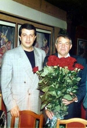 (Батозский с отцом)