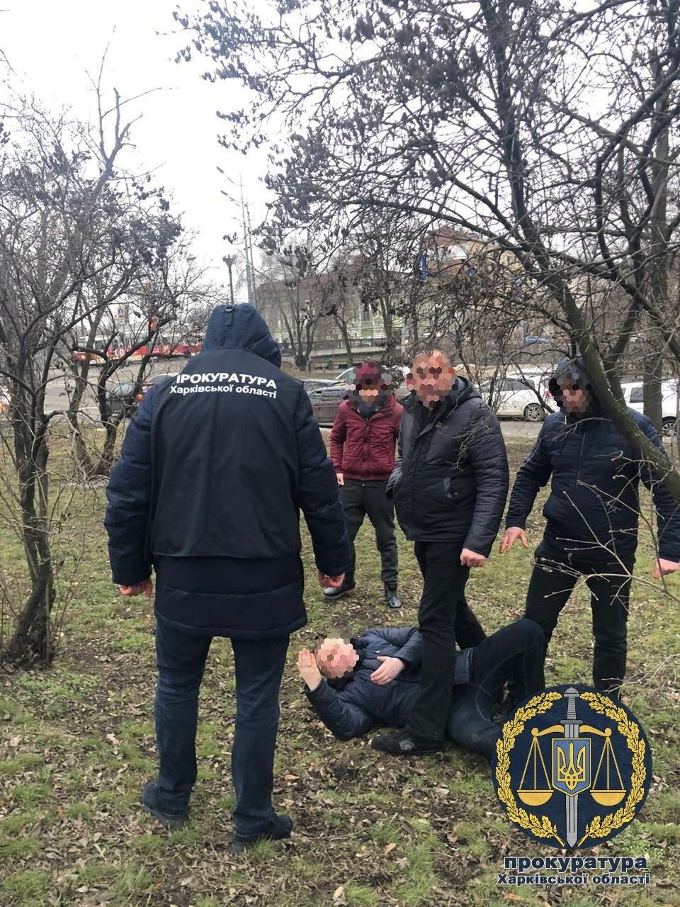 Бросил своего 8-летнего ребенка и попытался сбежать: в Харькове попался на взятке подполковник полиции, - ФОТО, фото-2