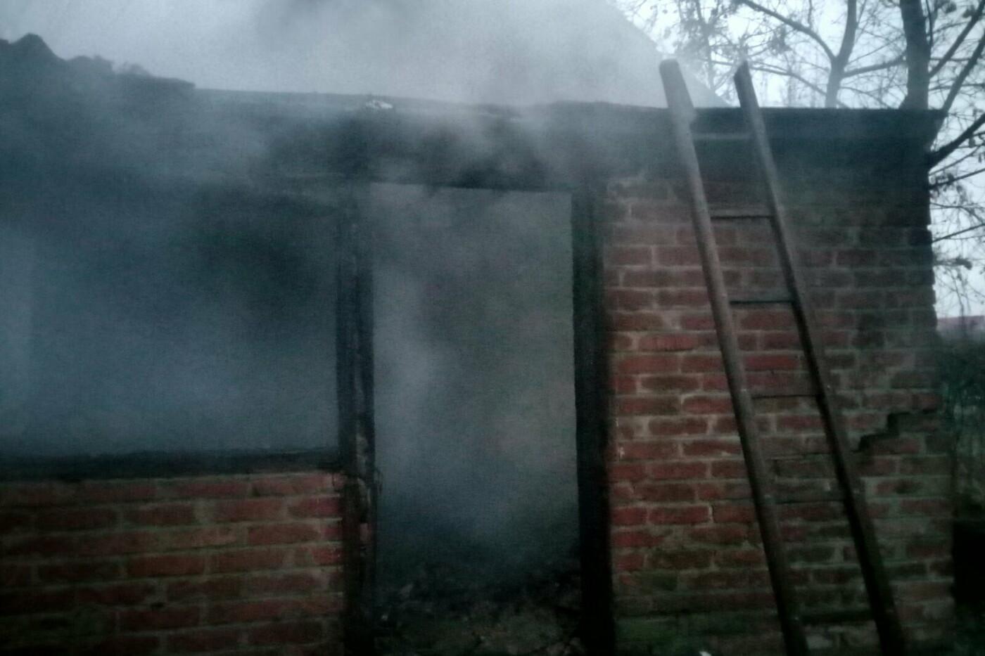 На Харьковщине загорелся частный дом: спасатели нашли труп погибшего мужчины, - ФОТО, фото-2
