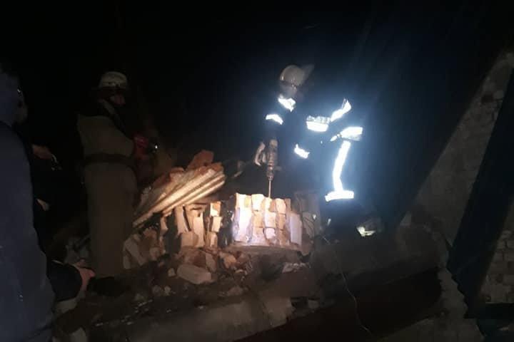 На Харьковщине обрушилось здание: одного мужчину раздавило насмерть, - ФОТО 18+   , фото-1