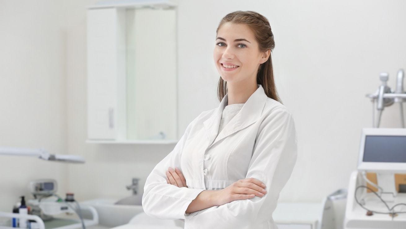 Работа медсестрой в Харькове. Где и какую зарплату предлагают работодатели, - ФОТО, фото-1