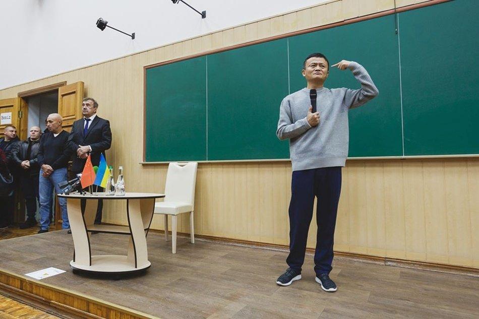 Орландо Блум, Роналду и Кустурица: мировые звезды, посещавшие Харьков, - ФОТО, фото-10