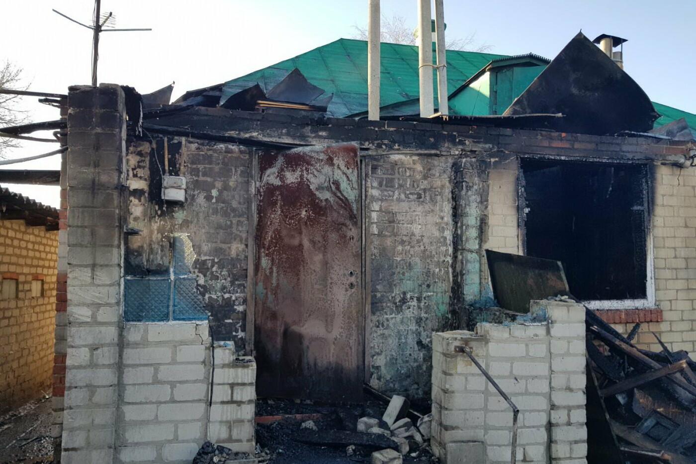 Огонь отрезал единственный выход: под Харьковом бабушка пробралась в горящий дом и спасла внука, - ФОТО, фото-2