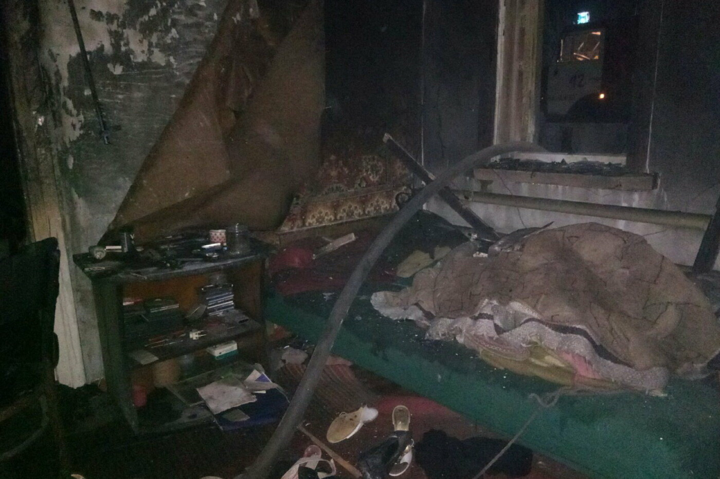 На Харьковщине спасатели во время тушения пожара нашли труп мужчины, - ФОТО, фото-2