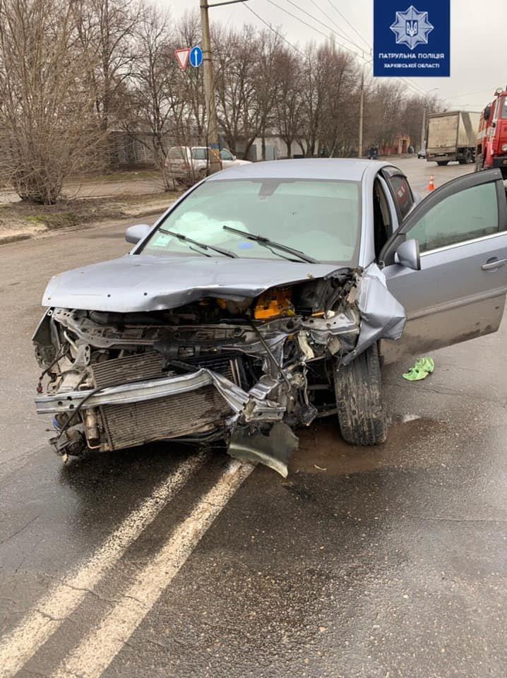 Перевернутое авто и четверо пострадавших: в Харькове столкнулись «Opel» и «ЗАЗ», - ВИДЕО, фото-2