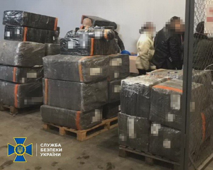 Ущерб на 3 миллиона евро: жители Харьковщины организовали незаконную схему ввоза товаров в Украину, - ФОТО, фото-3