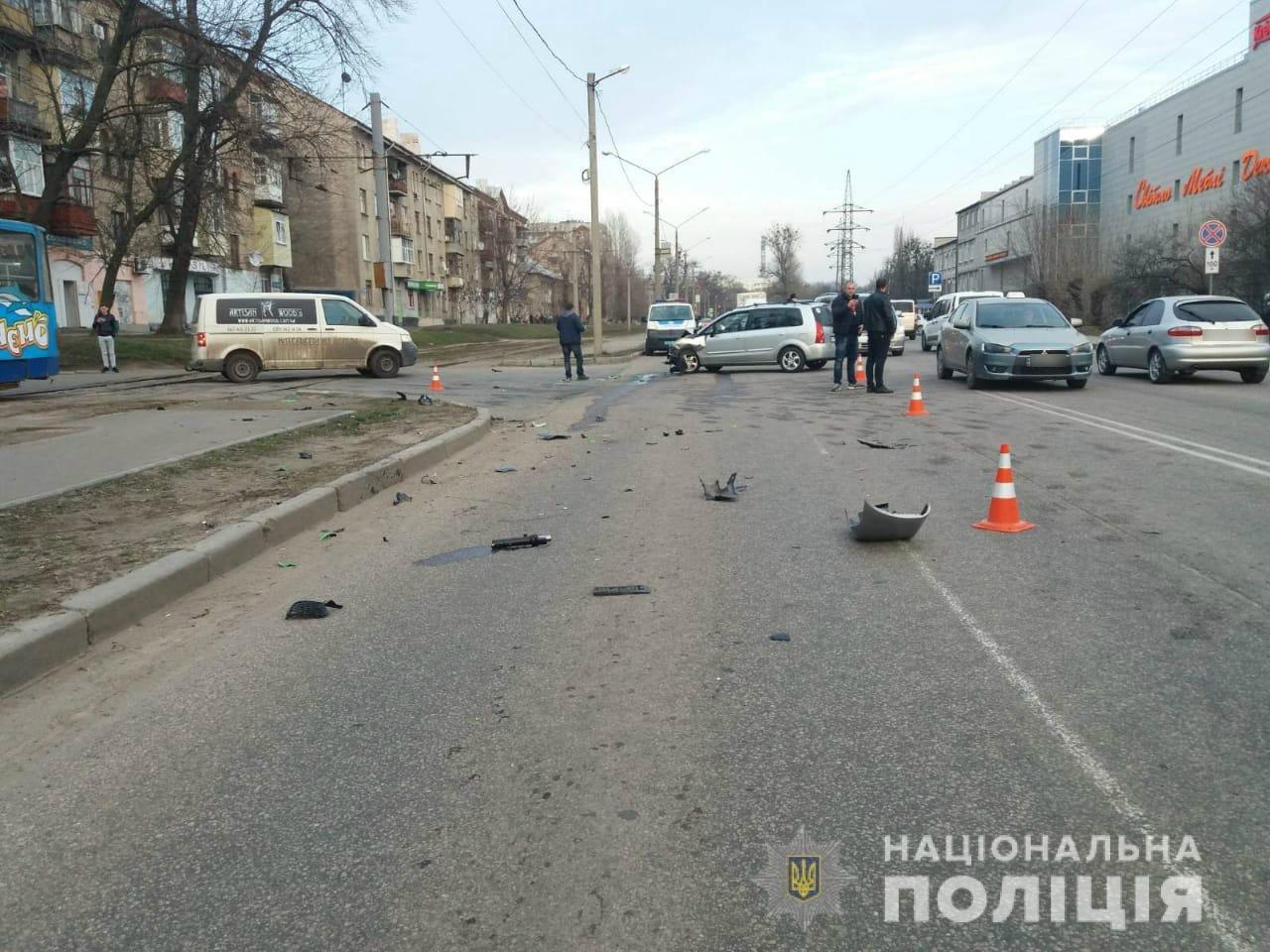 В Харькове легковой автомобиль «снес» насмерть мотоциклиста, - ФОТО, фото-2