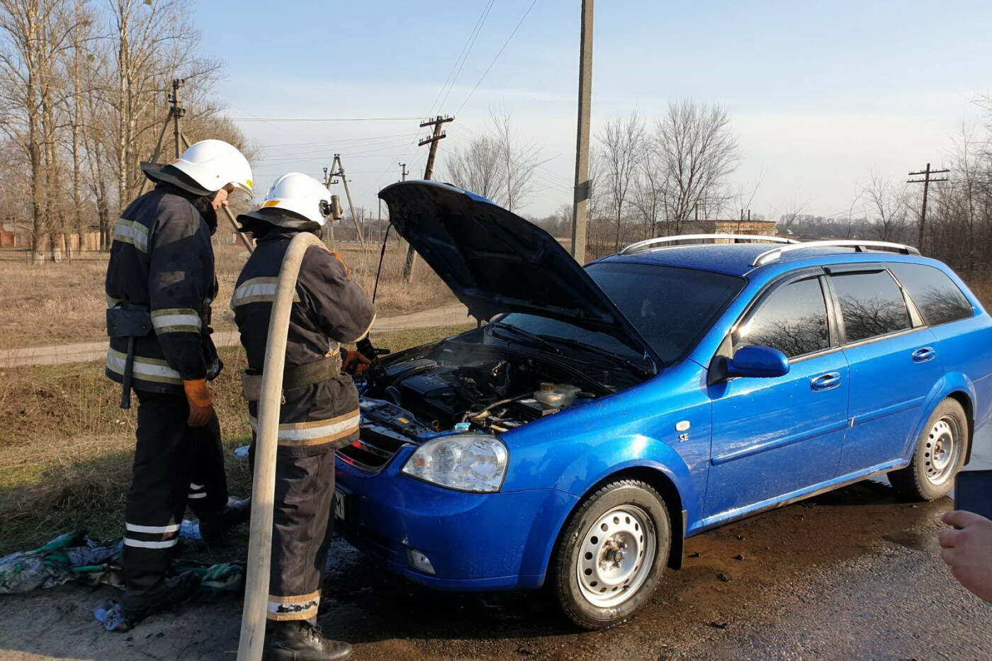 Под Харьковом во время движения загорелся «Chevrolet Lacetti», - ФОТО, фото-1