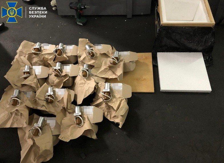 Комплектующие к бронетехнике и военной авиации: харьковские силовики разоблачили схему на миллион долларов, - ФОТО, фото-2