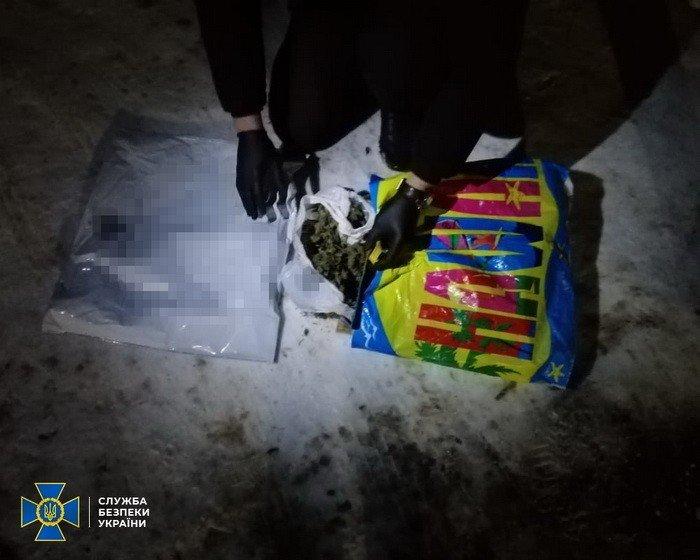 В Харькове СБУ разоблачила ОПГ, которая сбывала наркотики по всей Украине, - ФОТО, фото-3