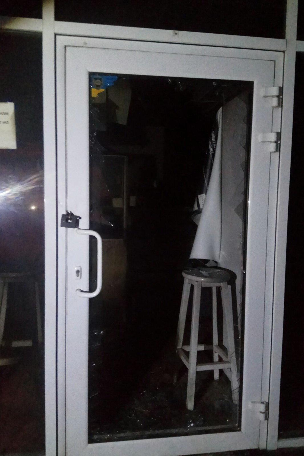 В Харькове неизвестные подожгли продуктовый киоск, - ФОТО, фото-2