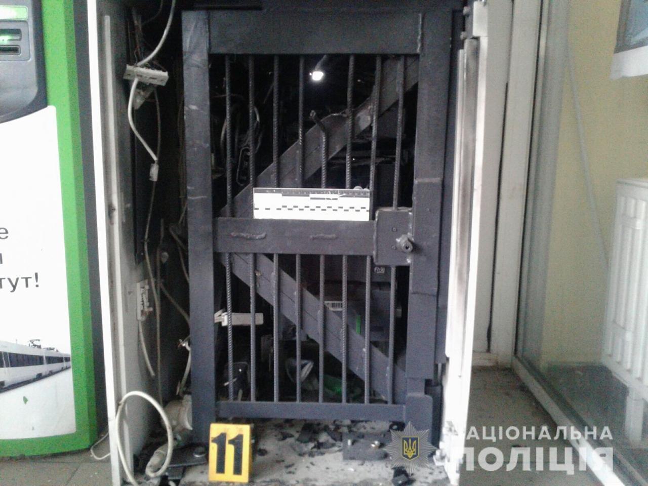 В Харькове неизвестные взорвали банкомат, находящийся в супермаркете, - ФОТО, фото-3
