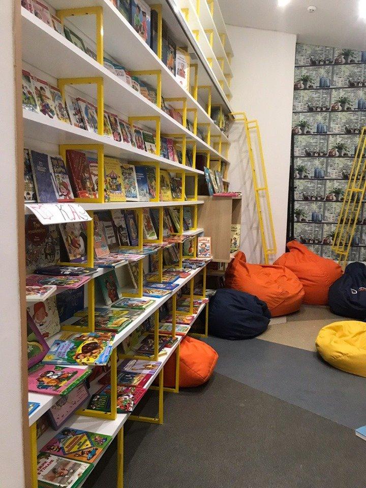 Издательство «Ранок» выделило полмиллиона гривен на формирование школьной библиотеки , фото-1