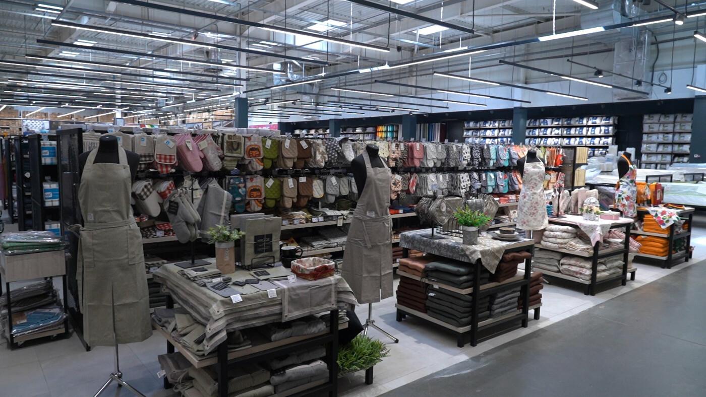 «Епіцентр» оновив свій перший торговельний центр у Харкові, фото-6