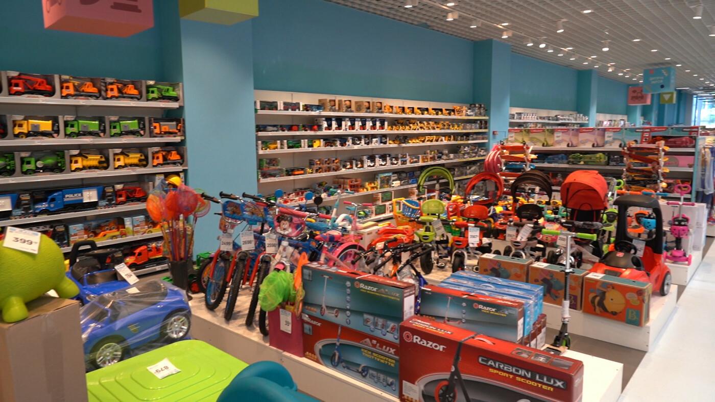 «Епіцентр» оновив свій перший торговельний центр у Харкові, фото-10