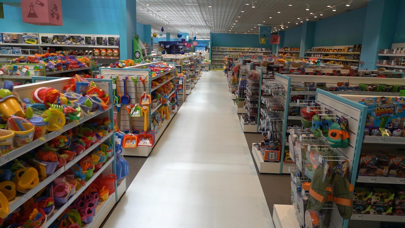 «Епіцентр» оновив свій перший торговельний центр у Харкові, фото-11