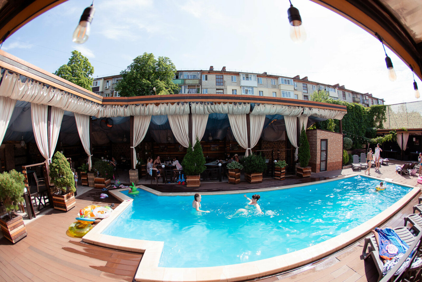 Заведения с летними террасами в Харькове, фото-93