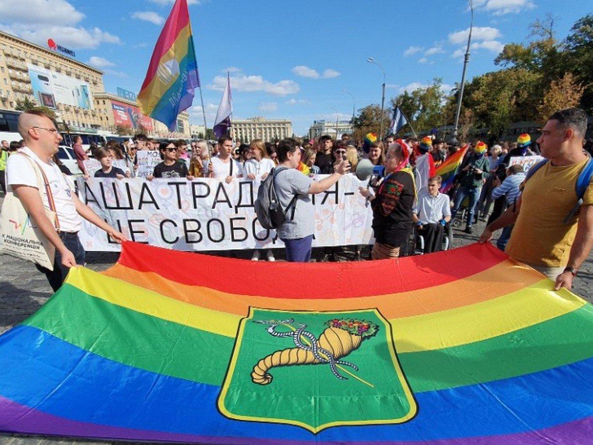 Декоммунизация, ЛГБТ-парад и «одоробло». ТОП-10 петиций Кернесу за последние пять лет, - ФОТО, фото-10