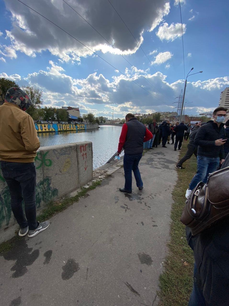 В Харькове авто упало в реку, - ФОТО, фото-7
