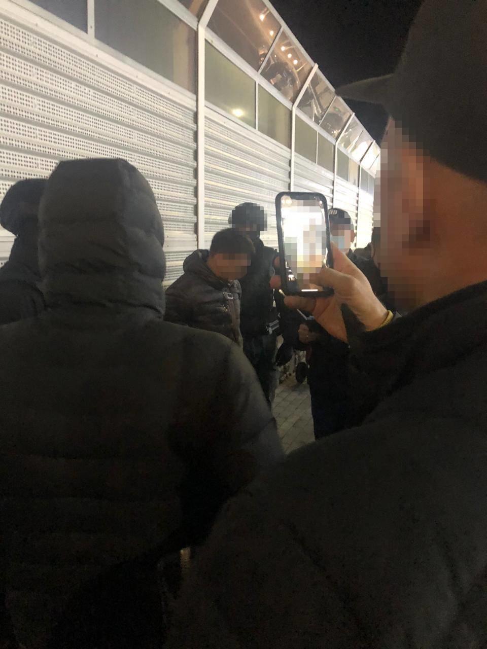 В Харькове силовики задержали сотрудника СБУ, требовавшего взятку за розыск краденого авто, - ФОТО, фото-3