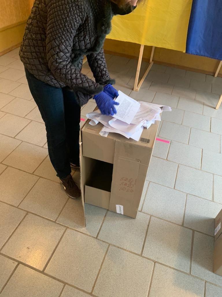 На Харьковщине пытались провести незаконный референдум для захвата власти, - ФОТО, фото-1