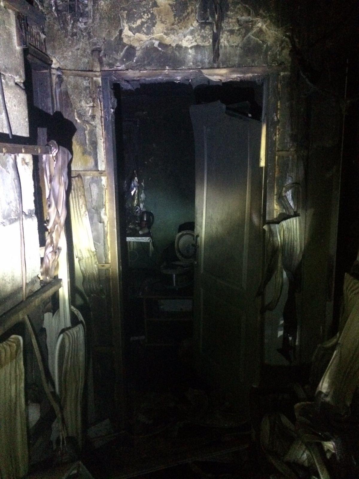 В Харькове загорелось общежитие НФаУ: бойцы ГСЧС спасли и эвакуировали более 30 студентов, - ФОТО , фото-2