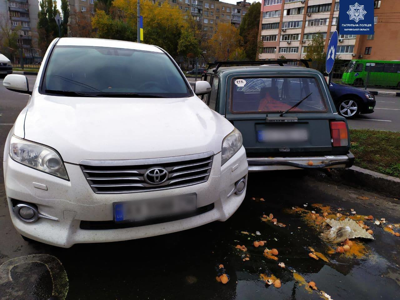 В Харькове не разминулись легковое авто «ВАЗ» и внедорожник «Toyota»: есть пострадавший, - ФОТО, фото-1