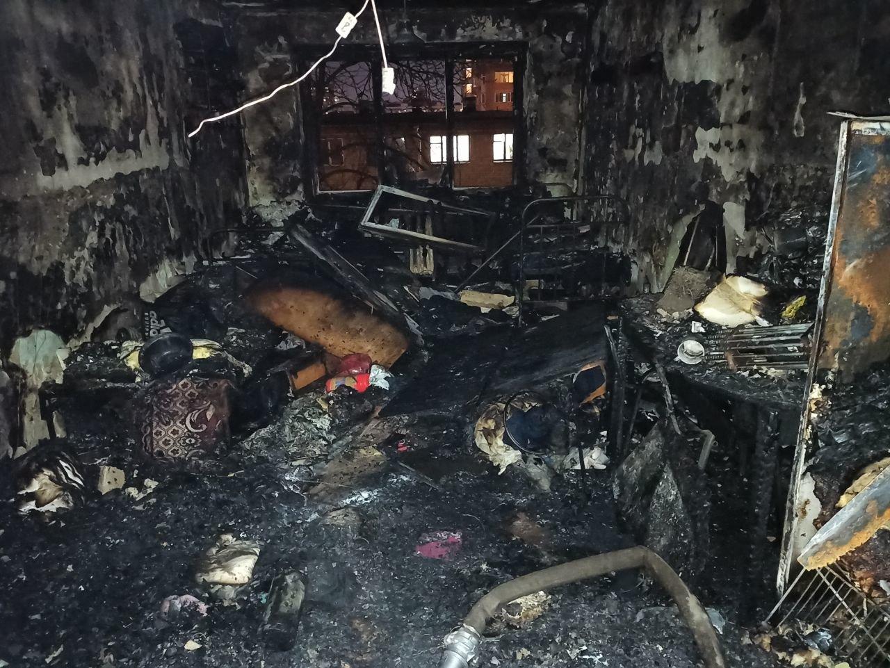 В Харькове из горящего общежития медицинского университета эвакуировали около 100 человек, - ФОТО, фото-1