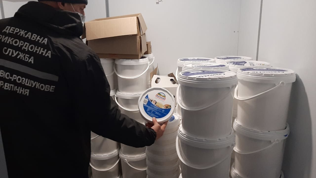 Товар на 62 миллиона: в Харькове силовики разоблачили нелегальную схему ввоза морепродуктов из Азии, - ФОТО, фото-7