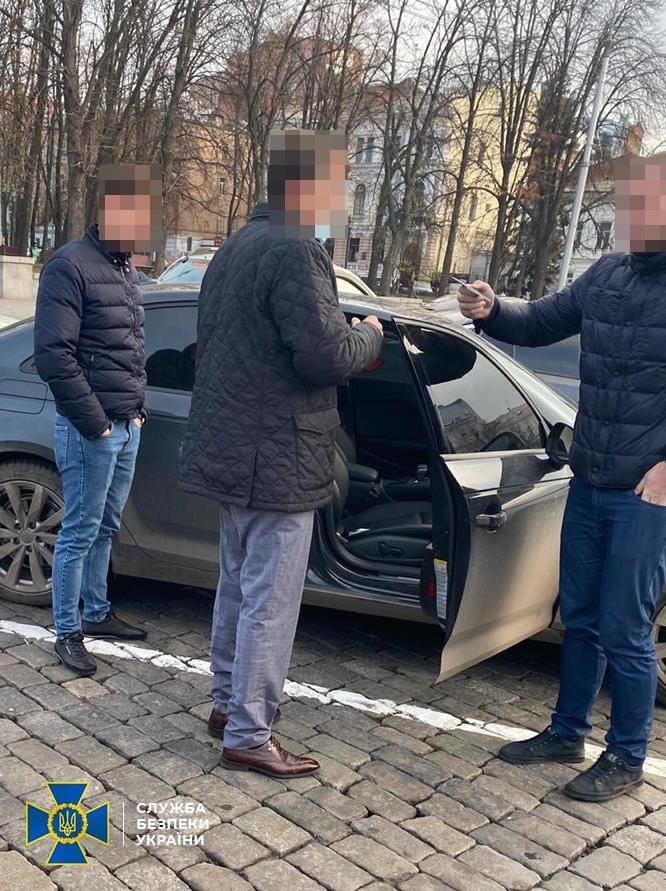 В Харькове СБУ задержала иностранца-мошенника, которого 13 лет разыскивал Интерпол, - ФОТО , фото-1