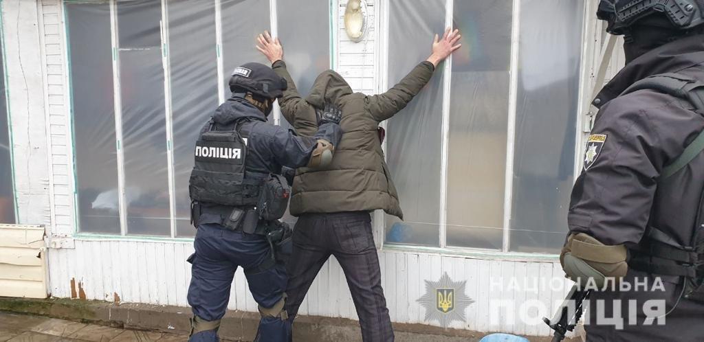Накрыл труп одеялом и сбежал: на Харьковщине рецидивист чугунным котлом забил насмерть мужчину, - ФОТО, фото-2