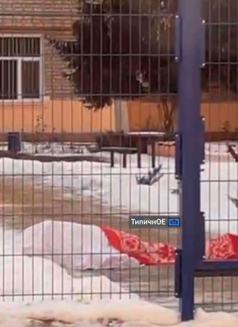 В Харькове вблизи детского сада внезапно умерла 60-летняя женщина, - ФОТО, фото-1