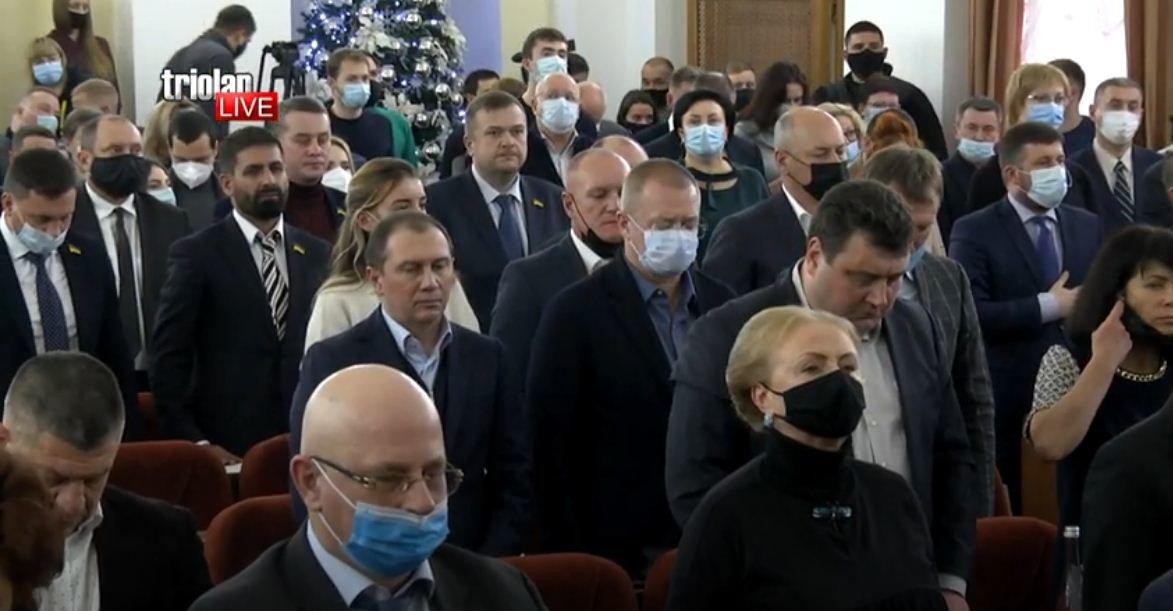 В Харькове проходит первая после смерти Кернеса сессия горсовета, - ОНЛАЙН-ТРАНСЛЯЦИЯ, фото-1