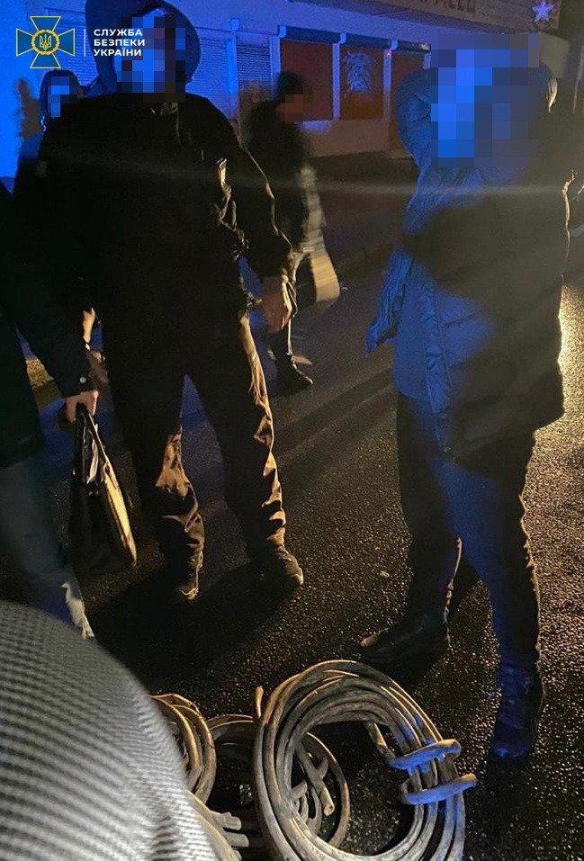 Воровали кабели спецсвязи: в Харькове СБУ «накрыла» преступную группировку с двумя «копами», фото-2